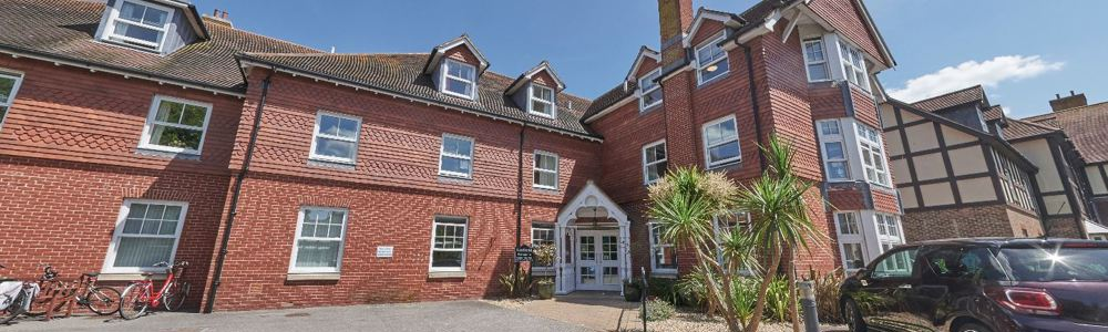 Linfield House nursing care home with dementia suite in Worthing.